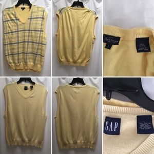 Other - 🌼 TWO MENS SWEATER VESTS